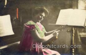 mus002060 - Music, Musical Instrument Post Card Postcards