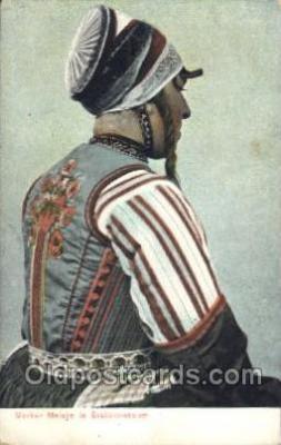 nat001031 - Bruidcostuum Native Costume Postcard Postcards