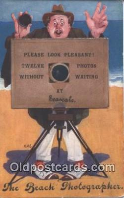 nov001033 - The Beach Photographer Novelty Postcard Post Cards Old Vintage Antique