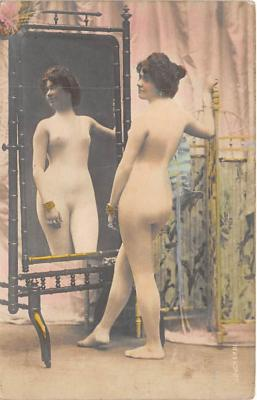 nud010011 - French Nude Postcard
