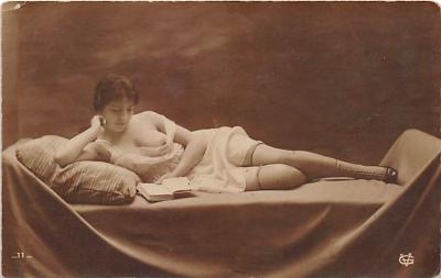 nud010101 - French Nude Postcard