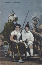 nat001036 - Madeira Native Costume Postcard Postcards