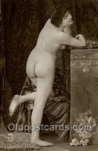 nud001087 - Nude Postcard Postcards