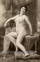 nud001089 - Nude Postcard Postcards