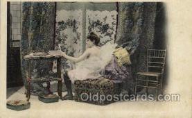 nud001115 - Nude Postcard Postcards