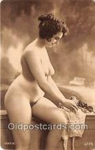 nud007071 - reproduction of vintage photos Postcard Post Card