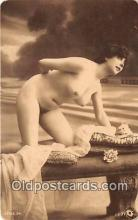 nud007075 - reproduction of vintage photos Postcard Post Card