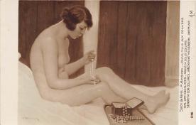 nud008035 - Jeune Fille Aux Colliers Nude Postcard