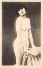 nud008174 - Nude Postcard