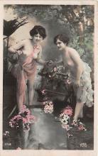 nud008444 - Nude Postcard