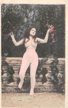nud008461 - Nude Postcard