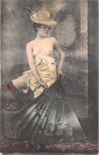 nud010024 - French Nude Postcard