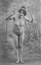 nud010028 - French Nude Postcard