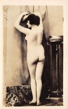 nud010054 - French Nude Postcard