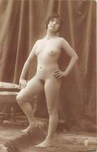 nud010059 - French Nude Postcard