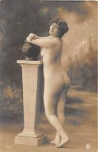 nud010066 - French Nude Postcard