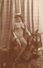 nud010080 - French Nude Postcard