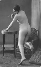 nud010084 - French Nude Postcard