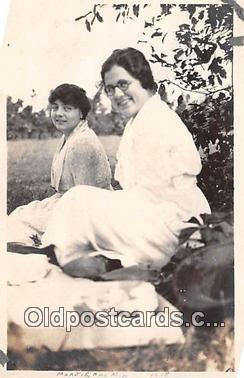 Marjie & Min, 1918