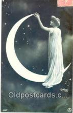 pap001010 - Paper Moon Postcard Postcards