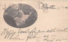 pht100005 - People and Children Photographed on Postcard, Old Vintage Antique Post Card