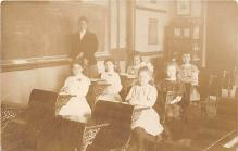 pht100016 - People and Children Photographed on Postcard, Old Vintage Antique Post Card