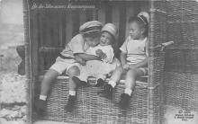 pht100019 - People and Children Photographed on Postcard, Old Vintage Antique Post Card