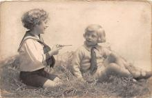 pht100025 - People and Children Photographed on Postcard, Old Vintage Antique Post Card