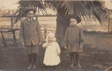 pht100039 - People and Children Photographed on Postcard, Old Vintage Antique Post Card