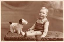 pht100050 - People and Children Photographed on Postcard, Old Vintage Antique Post Card