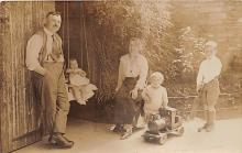 pht100054 - People and Children Photographed on Postcard, Old Vintage Antique Post Card