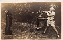 pht100093 - People and Children Photographed on Postcard, Old Vintage Antique Post Card