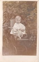 pht100157 - People and Children Photographed on Postcard, Old Vintage Antique Post Card
