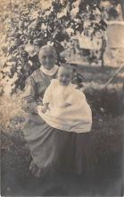 pht100244 - People and Children Photographed on Postcard, Old Vintage Antique Post Card