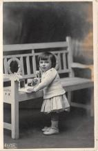 pht100283 - People and Children Photographed on Postcard, Old Vintage Antique Post Card
