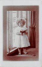 pht100294 - People and Children Photographed on Postcard, Old Vintage Antique Post Card