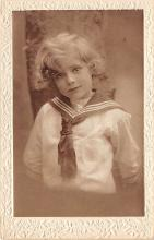 pht100337 - People and Children Photographed on Postcard, Old Vintage Antique Post Card