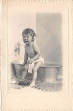 pht100344 - People and Children Photographed on Postcard, Old Vintage Antique Post Card