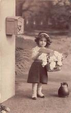 pht100365 - People and Children Photographed on Postcard, Old Vintage Antique Post Card