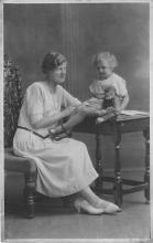 pht100377 - People and Children Photographed on Postcard, Old Vintage Antique Post Card