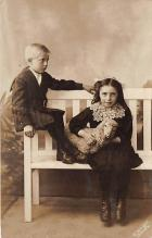 pht100392 - People and Children Photographed on Postcard, Old Vintage Antique Post Card