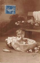 pht100429 - People and Children Photographed on Postcard, Old Vintage Antique Post Card