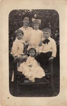 pht100444 - People and Children Photographed on Postcard, Old Vintage Antique Post Card