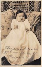 pht100450 - People and Children Photographed on Postcard, Old Vintage Antique Post Card