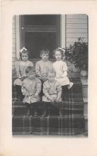 pht100462 - People and Children Photographed on Postcard, Old Vintage Antique Post Card