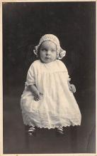 pht100574 - People and Children Photographed on Postcard, Old Vintage Antique Post Card