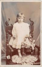 pht100639 - People and Children Photographed on Postcard, Old Vintage Antique Post Card