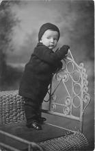 pht100642 - People and Children Photographed on Postcard, Old Vintage Antique Post Card