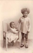 pht100652 - People and Children Photographed on Postcard, Old Vintage Antique Post Card