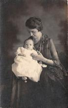 pht100667 - People and Children Photographed on Postcard, Old Vintage Antique Post Card